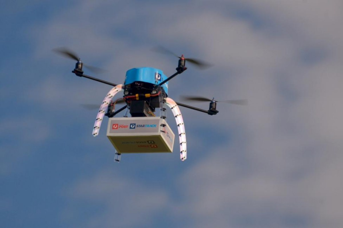 La empresa pública australiana de correo está haciendo sus primeras pruebas para entregar tanto el correo como paquetería utilizando para ello drones.
