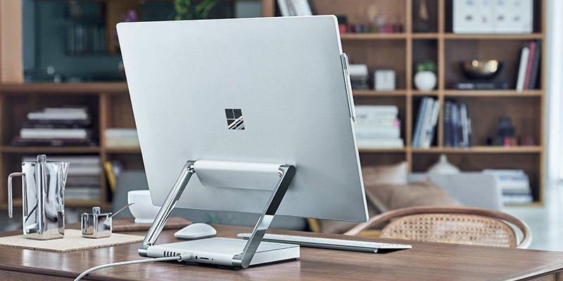 Fotografia de la Review de Surface Studio PC